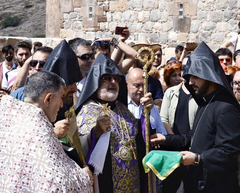 Նշուած է Տ. Արամ արք. Աթէշեանի քահանայական ձեռնադրութեան 45-րդ տարեդարձը