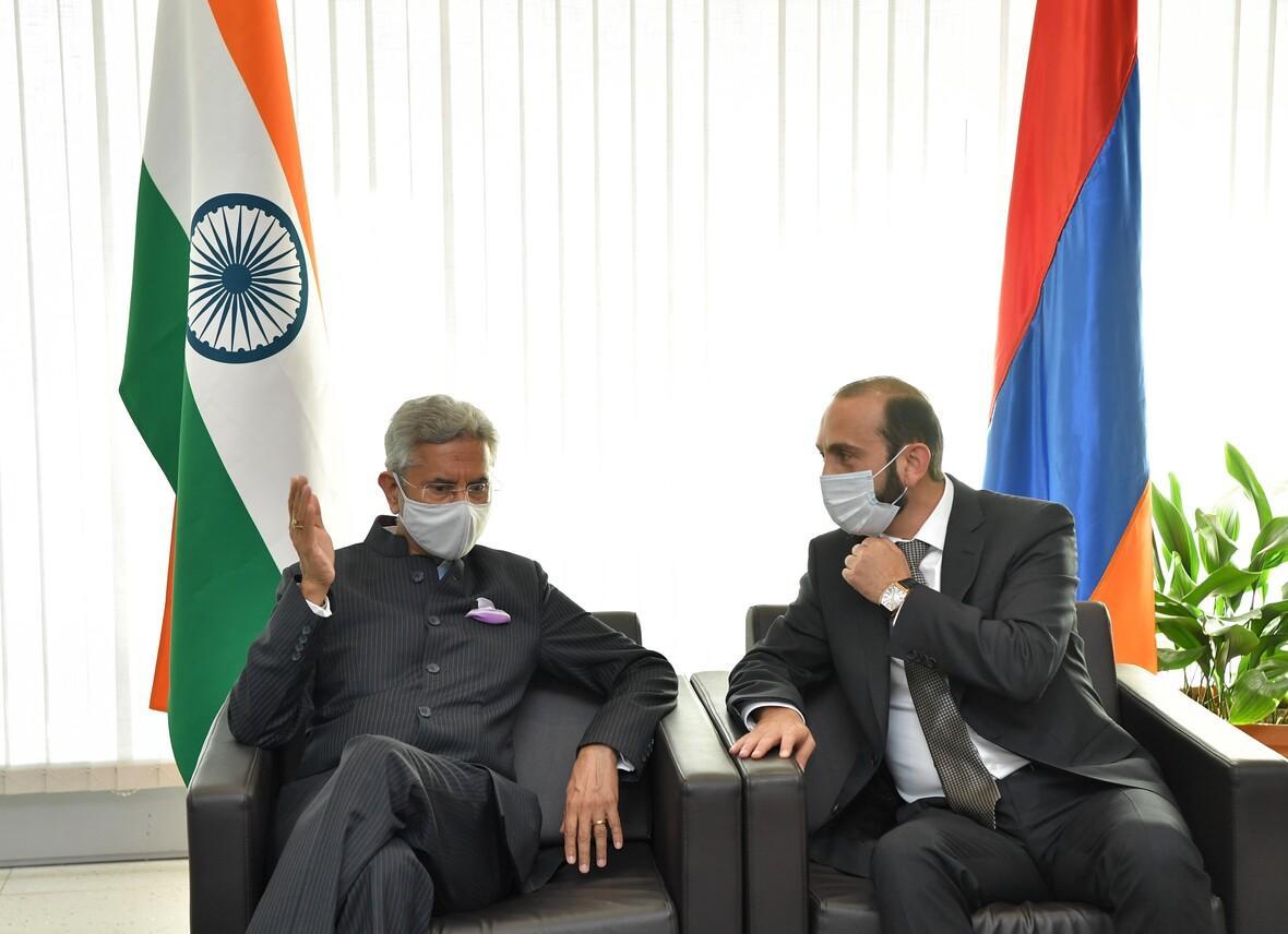Հայաստան ժամանեց Հնդկաստանի Արտաքին Գործոց նախարարը