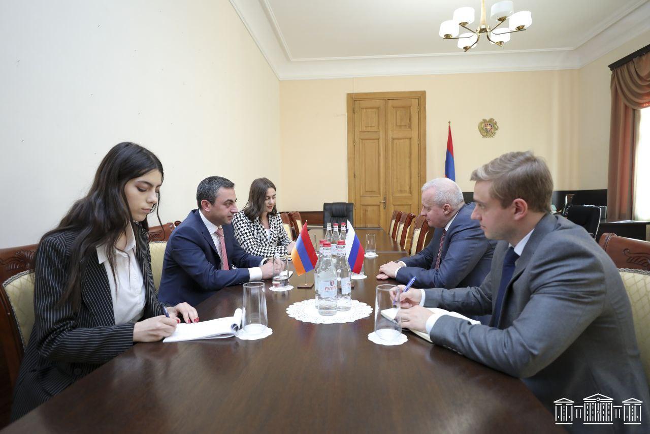 Իշխան Սաղաթելյանն ընդունել է ՀՀ-ում ՌԴ արտակարգ և լիազոր դեսպան Սերգեյ Կոպերկինին