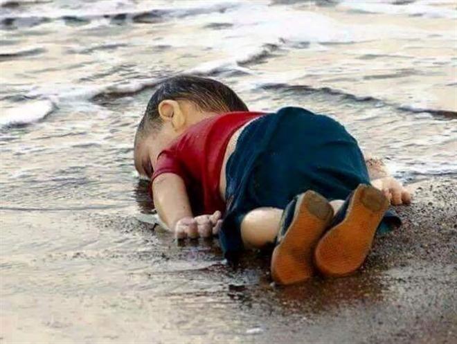 Խեղդամահ Եղած  Սուրիացի  Երեխայի Պատկերը  Կը Ցնցէ Աշխարհը