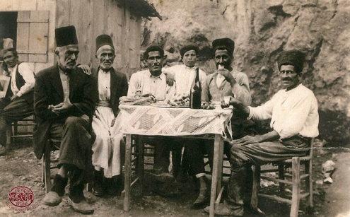 Հայերը եւ սրճարանը.  Բացօթեայ սրճարան Մուսա Լերան մէջ՝ 1930-ականներուն (Լուսանկարներ)