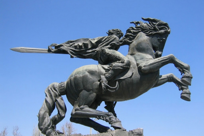Ի՞նչ են խորհրդանշում «Սասունցի Դավիթ» արձանի մասերը